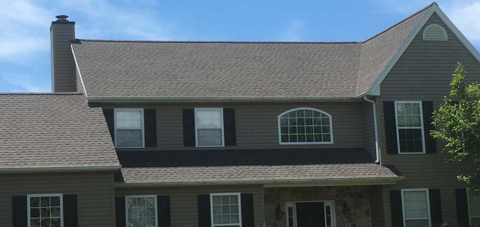 A new residential roof completed by Echo Valley Roofing